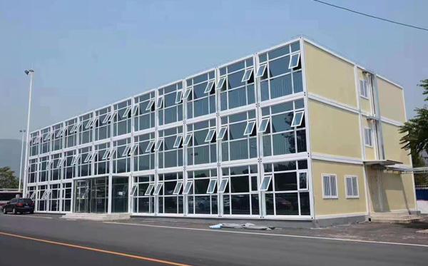 豪华幕墙集装箱办公楼全国搭建
